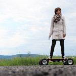 elektro-skateboard_skatergirl_dynasty-fun_outdoor